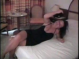 Hawt non-professional cutie shows pussy---home made vid
