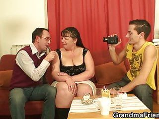 2 men film porn videos with old large pointer sisters woman