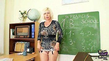 Milf teacher cant live without to masturbate after school