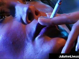 Lesbo milfs julia ann lisa ann eat vagina in aged film