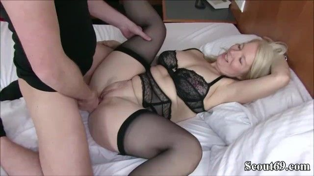 German milf caught guy and tempt him to fuck