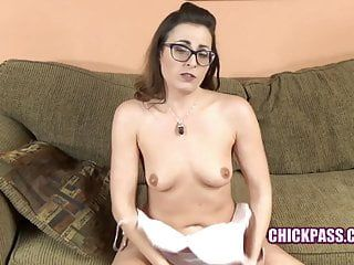 Chickpass - helena price is blowing a favourable geek