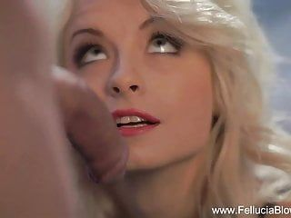 Pleasing golden-haired milf gives head
