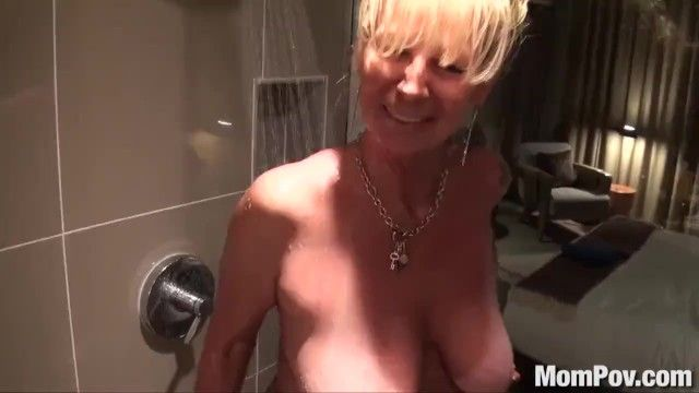 Mompov breasty blond cougar screwed in shower